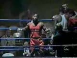 Boxer struggles to get in the ring
